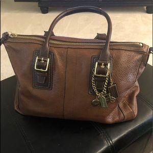 Coach purse E0882-12444